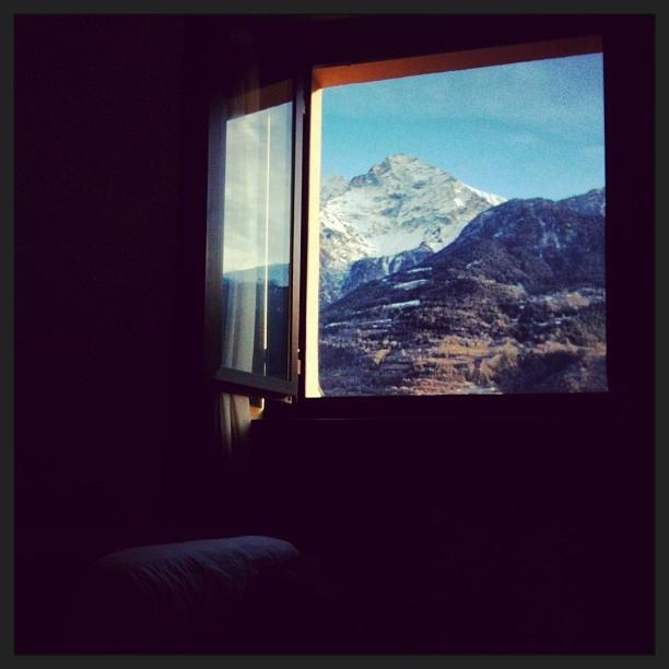 mountain view by Stewart Paterson