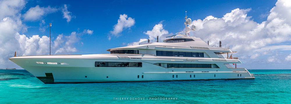 Mega Yacht Imagine in Bahamas by Thierry Dehove