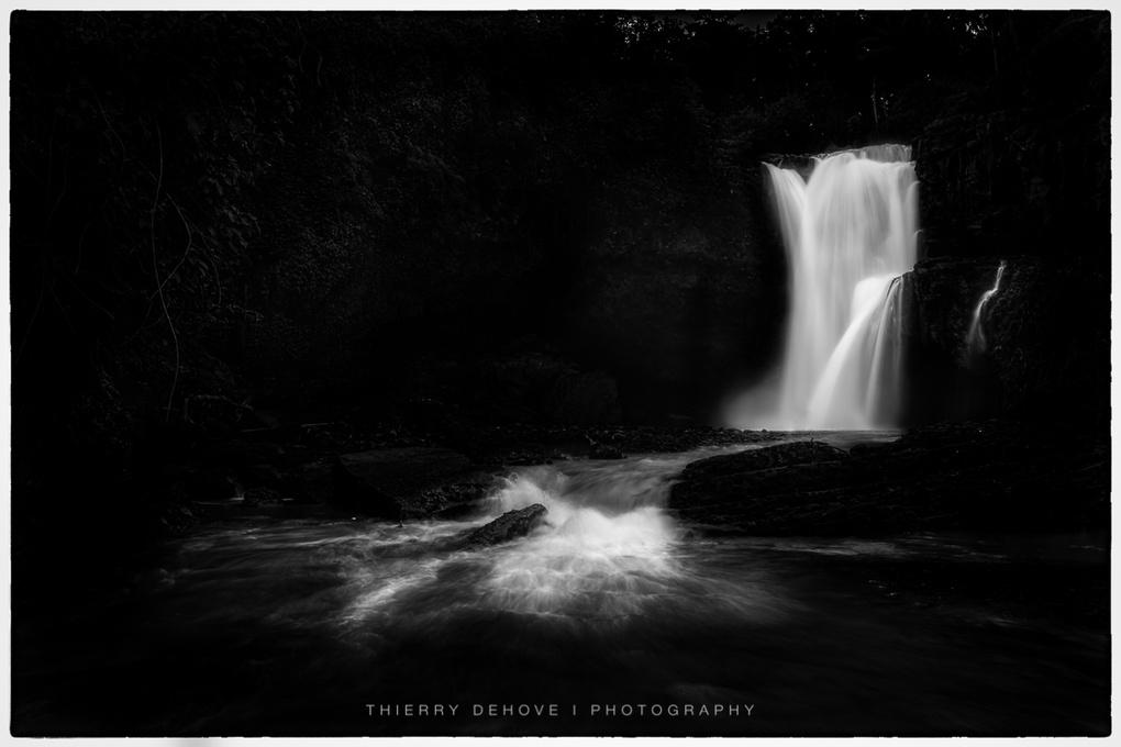 Tegenungan Waterfall in Bali by Thierry Dehove