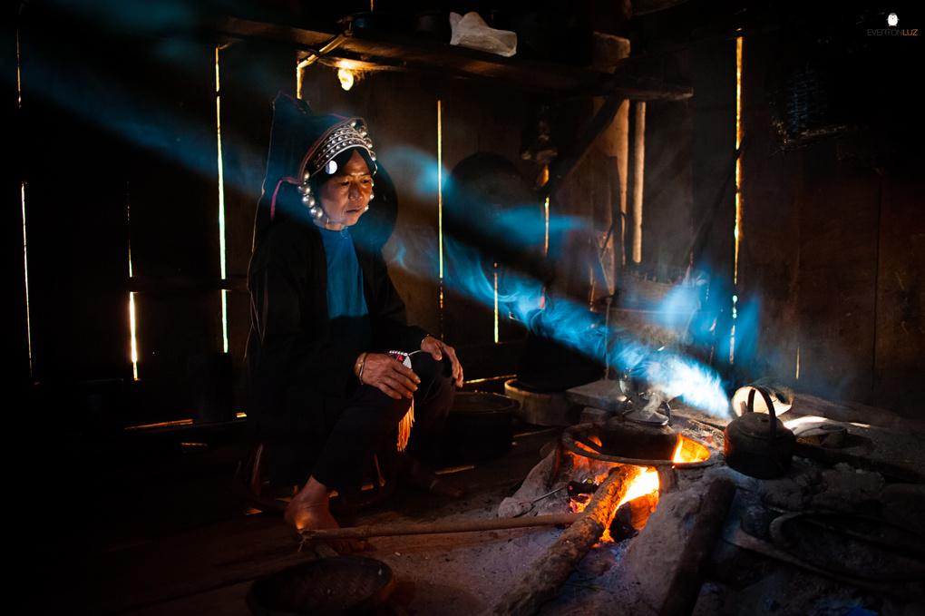 Myanmar Hospitality by Everton Luz