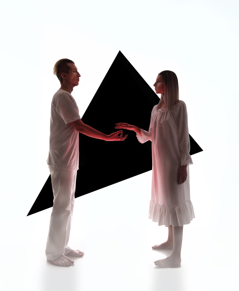 Frenki & Megvin by Toni Golloshi