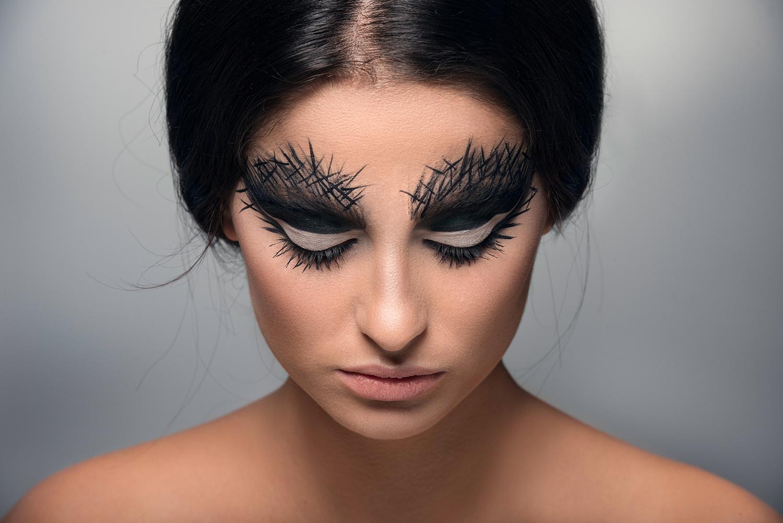 Black Swan by Toni Golloshi