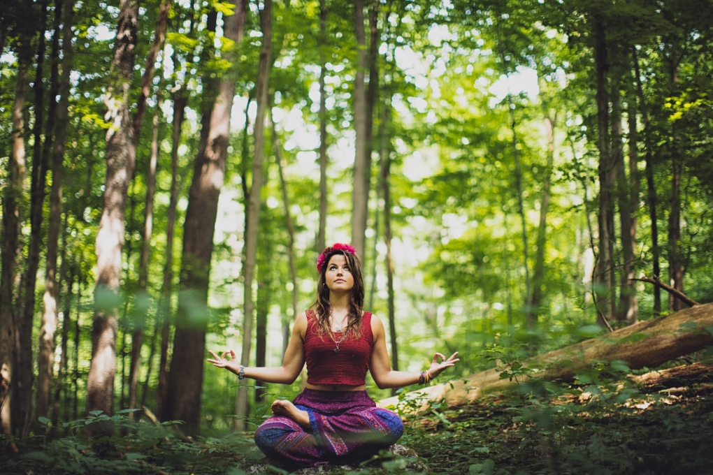 Anna - Nature Yoga by Brian Wolfe