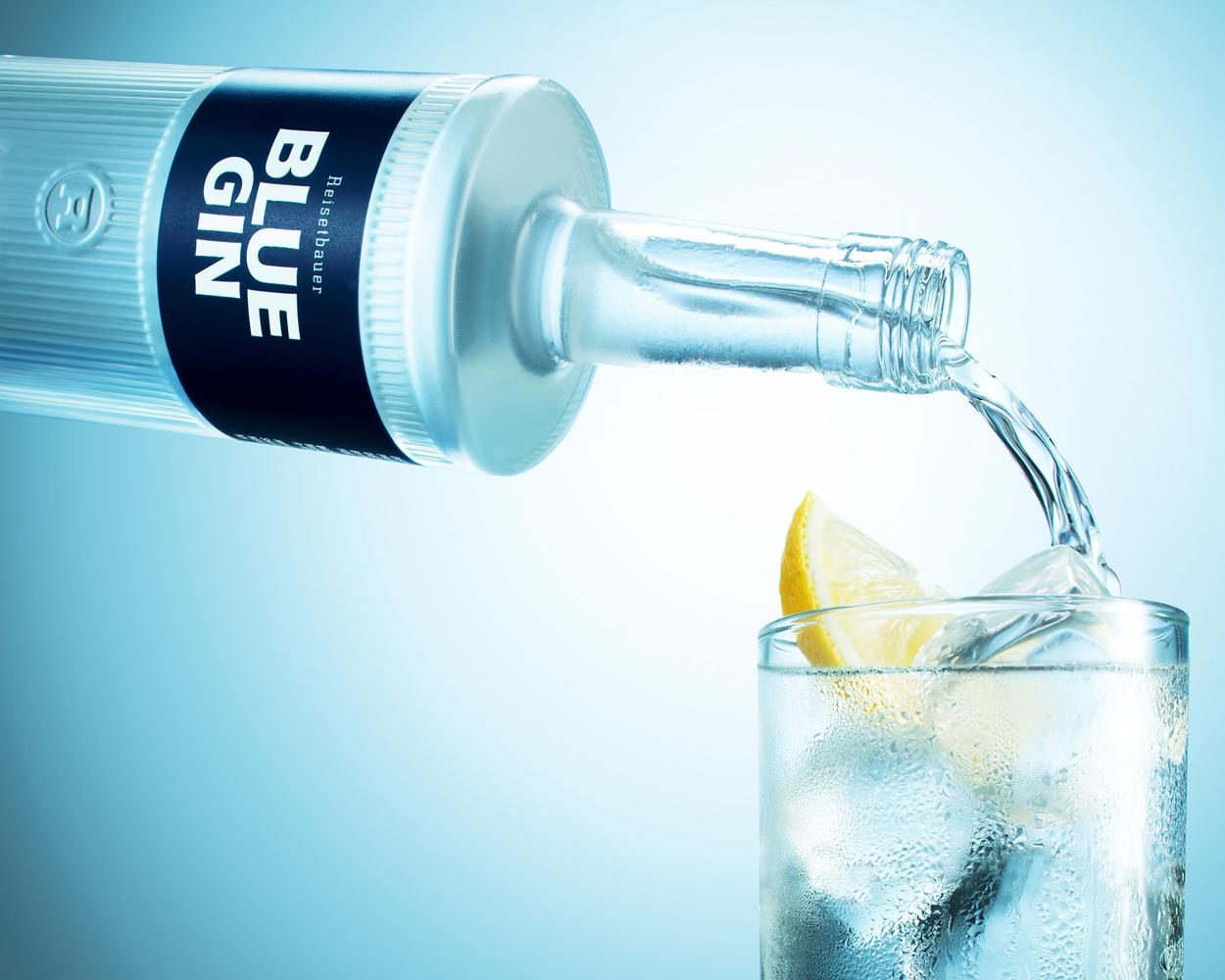 Beverage Pours campaign by Yechiel Orgel
