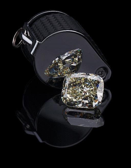 Diamond & Loupe  by Edgar Maivel