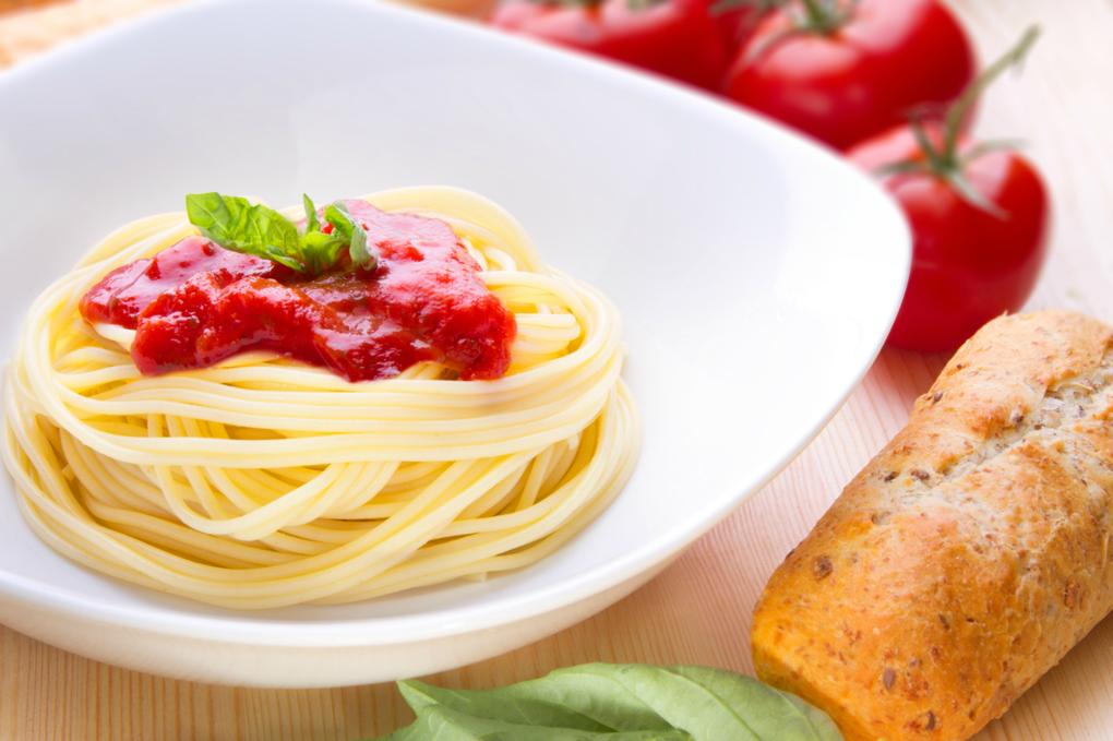 Spaghetti  by Junior Robles