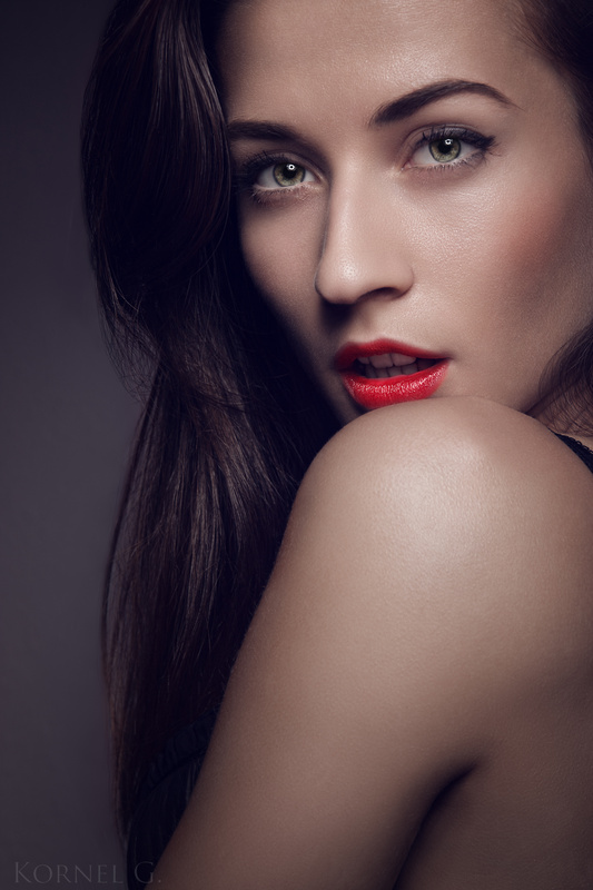 Lips by Kornel Gyorgyei