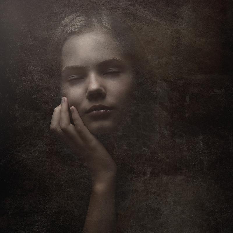 Tristis by Karol Zeiko