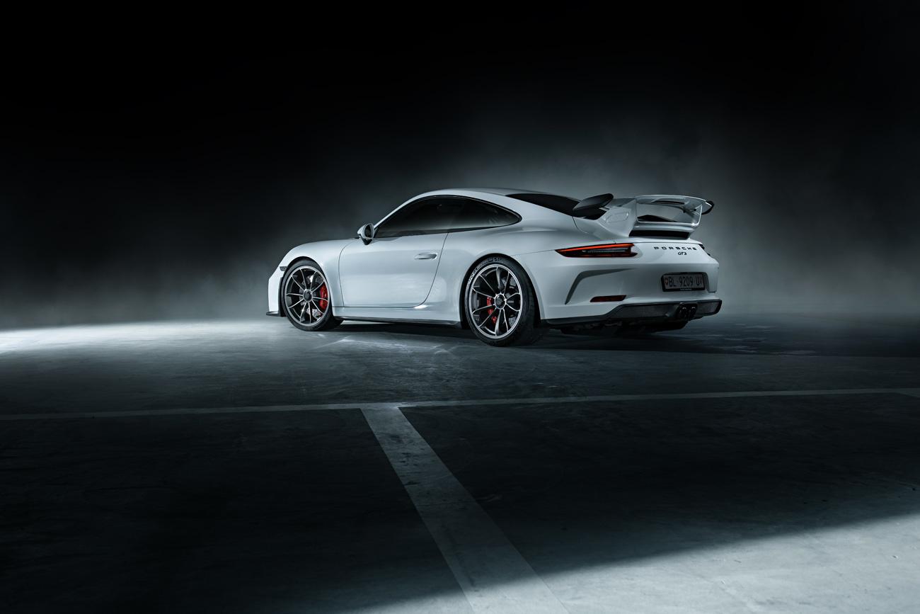 Porsche 911 GT3 991.2 by Pascal phPics