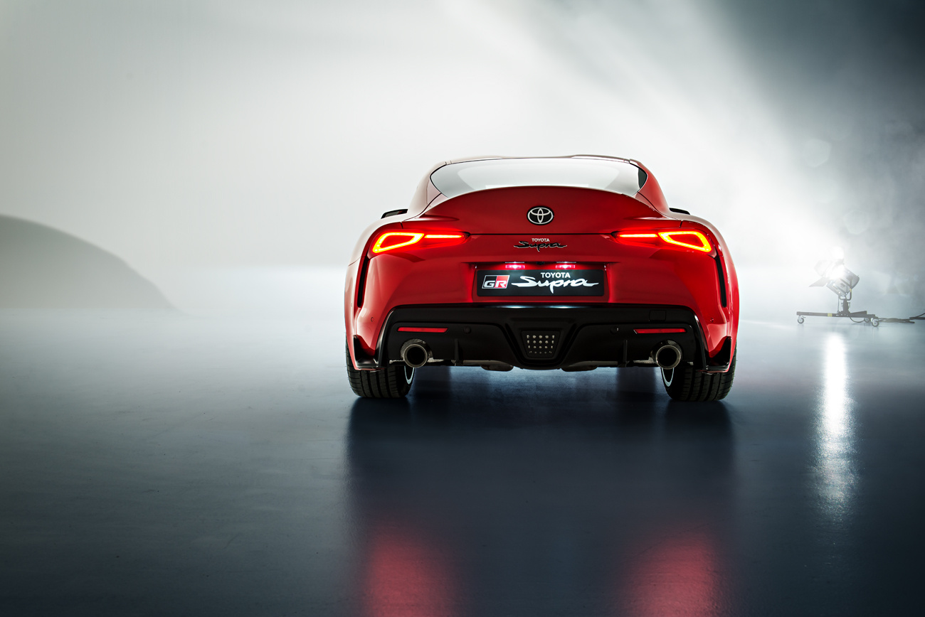 Toyota Supra by Pascal phPics