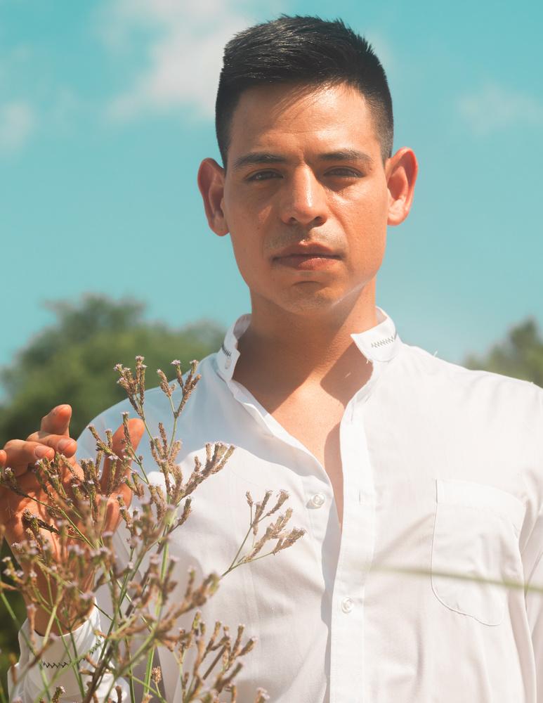 Alejandro by Nicholas Vettorel