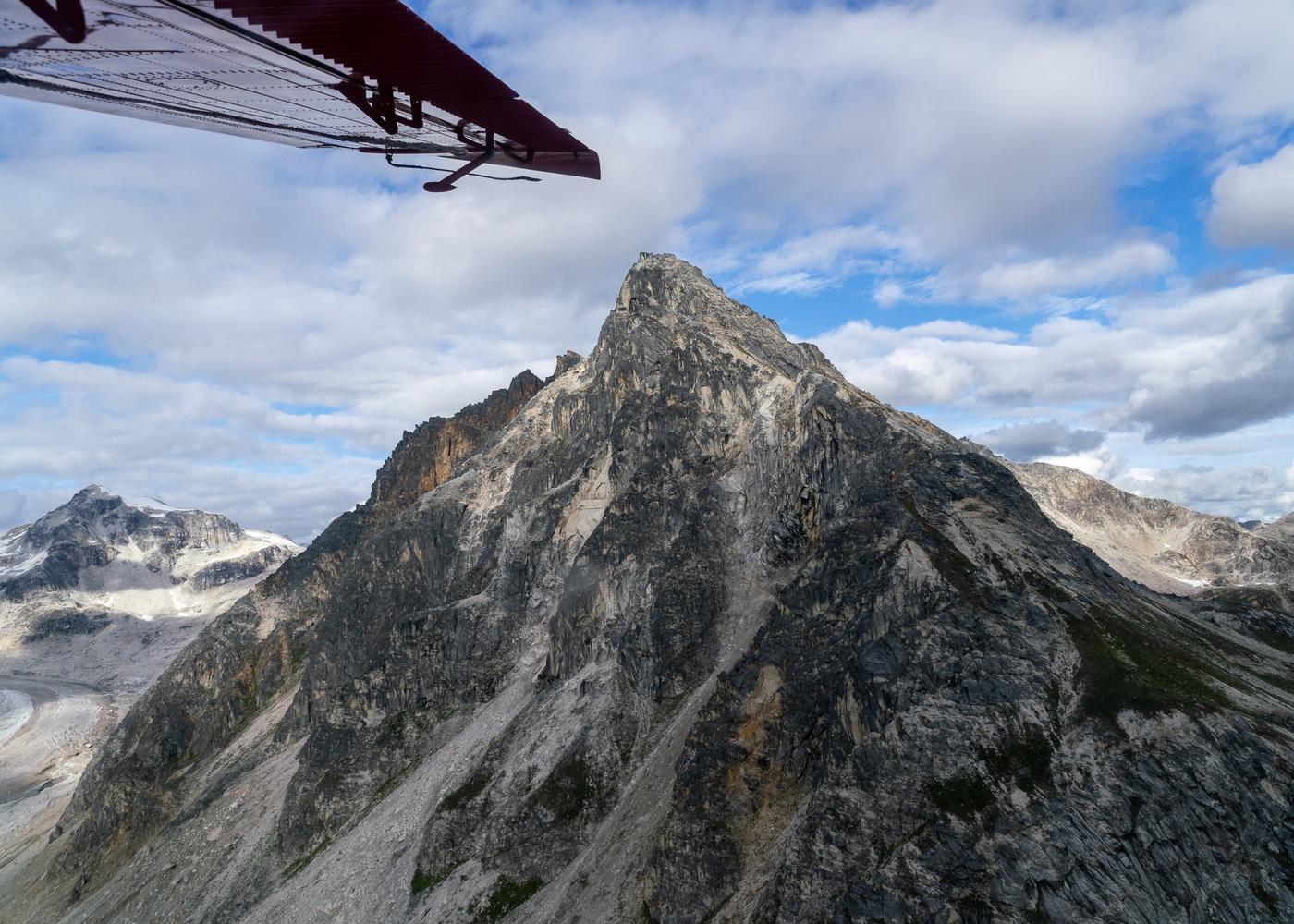 Peak by Nicholas Vettorel