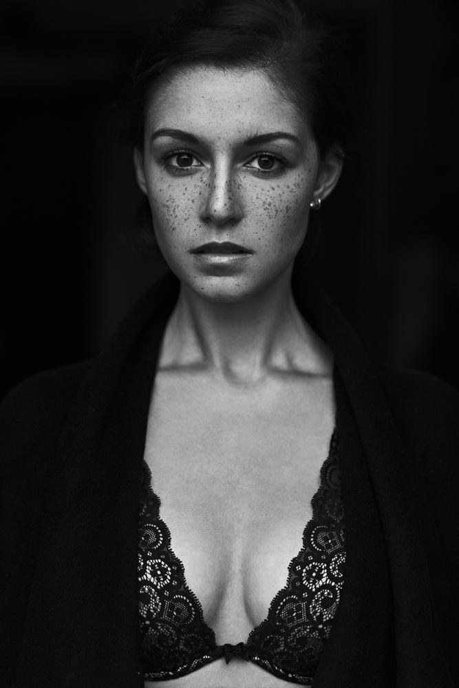 Maria by Martin Strauss