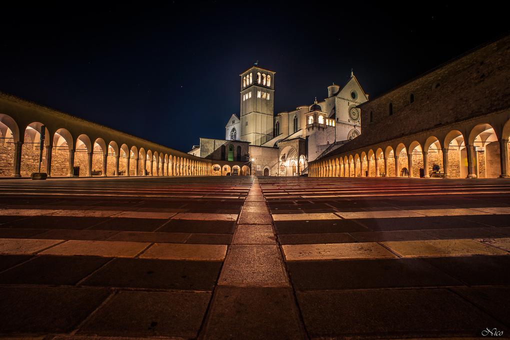 Assisi, Basilica San Francesco by Nico BABOT