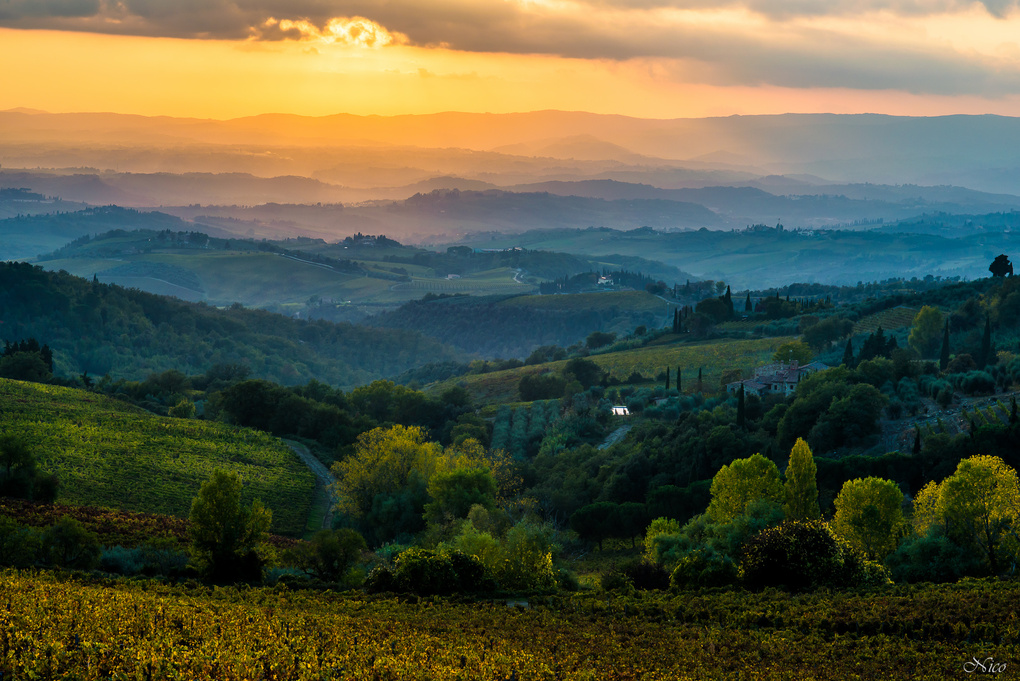 Sunset in Toscany by Nico BABOT