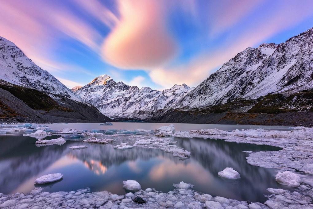Sunset over Mt Cook by Nico BABOT