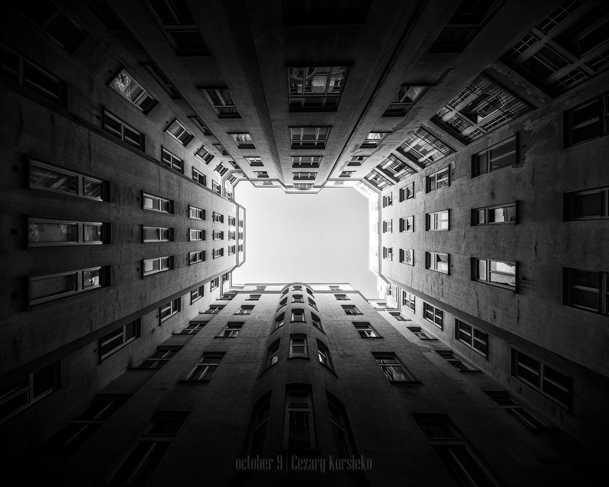 Warsaw by Cezary Korsieko