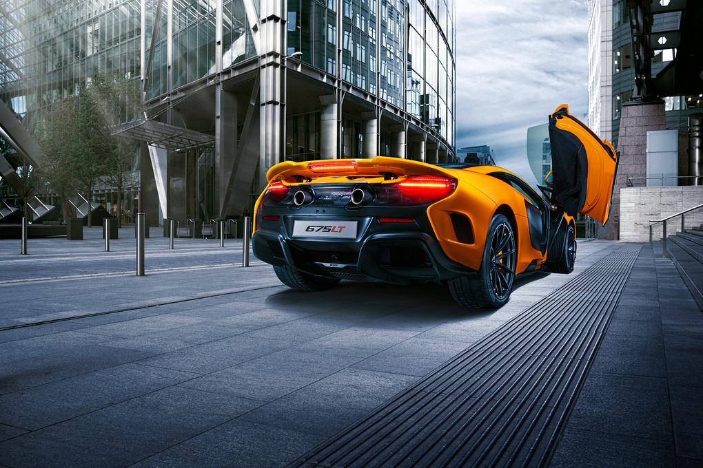 McLaren 675LT by Chris Balo