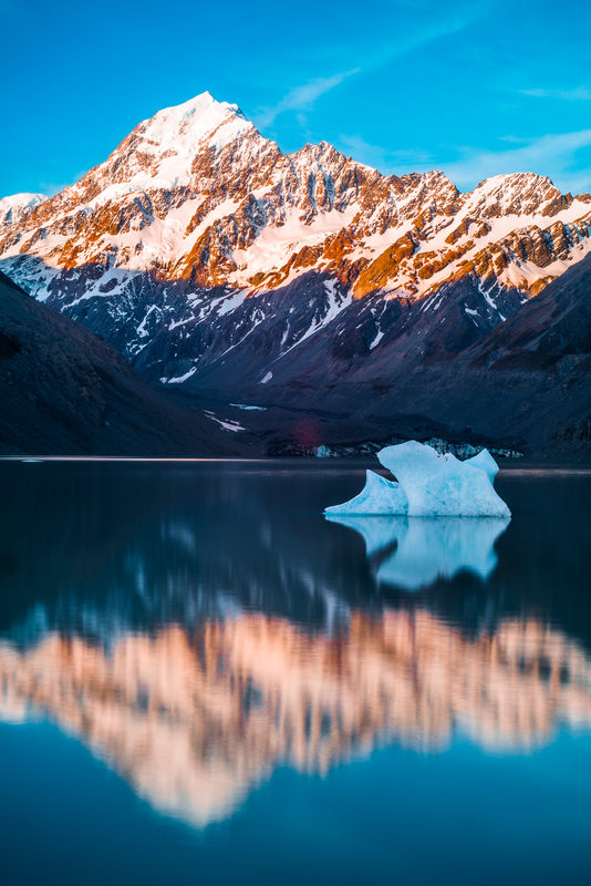 Mount Cook by Maximilian Mesch