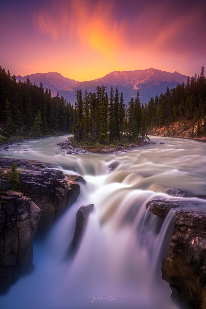 Sunwapta Falls by Jose Marvin Evasco