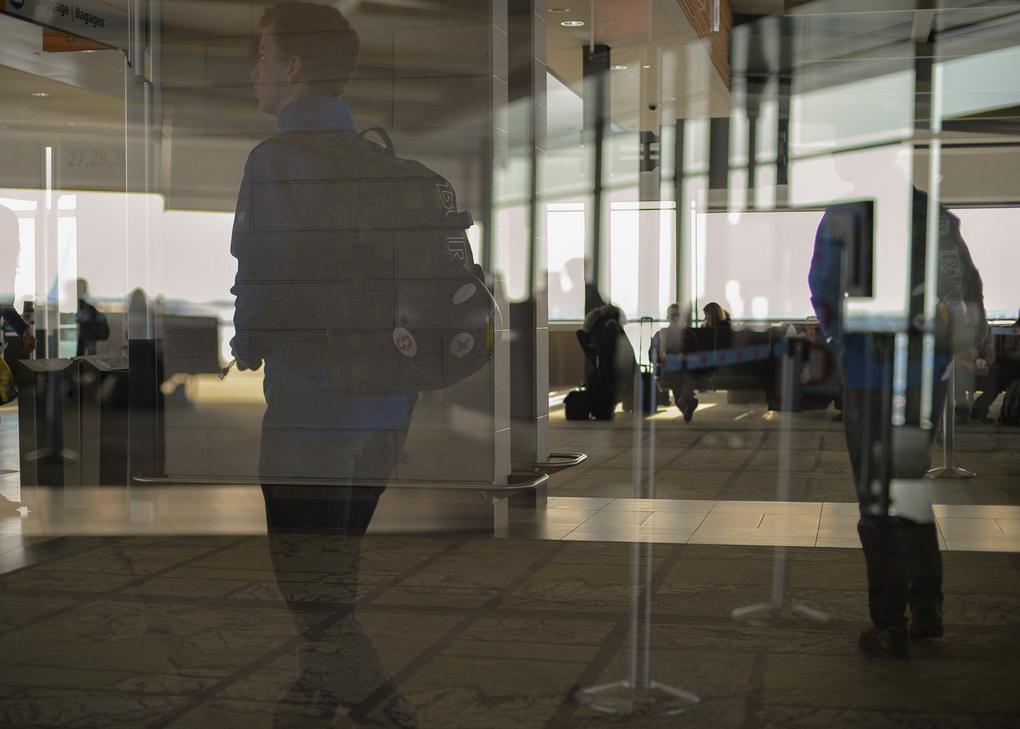 My life is airports by Robert Watt