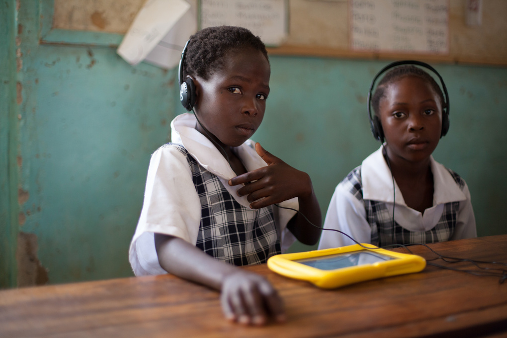 Tablets that ease the learning headache  by Jay Caboz
