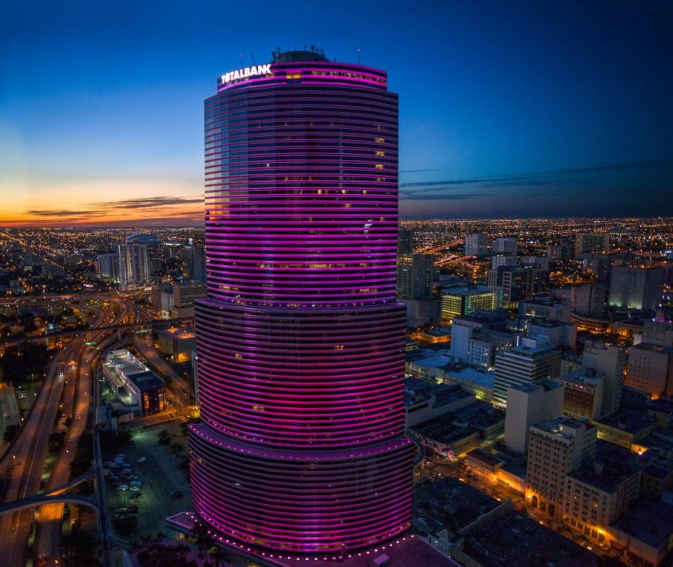 Miami at night!! by Ricardo Cornejo