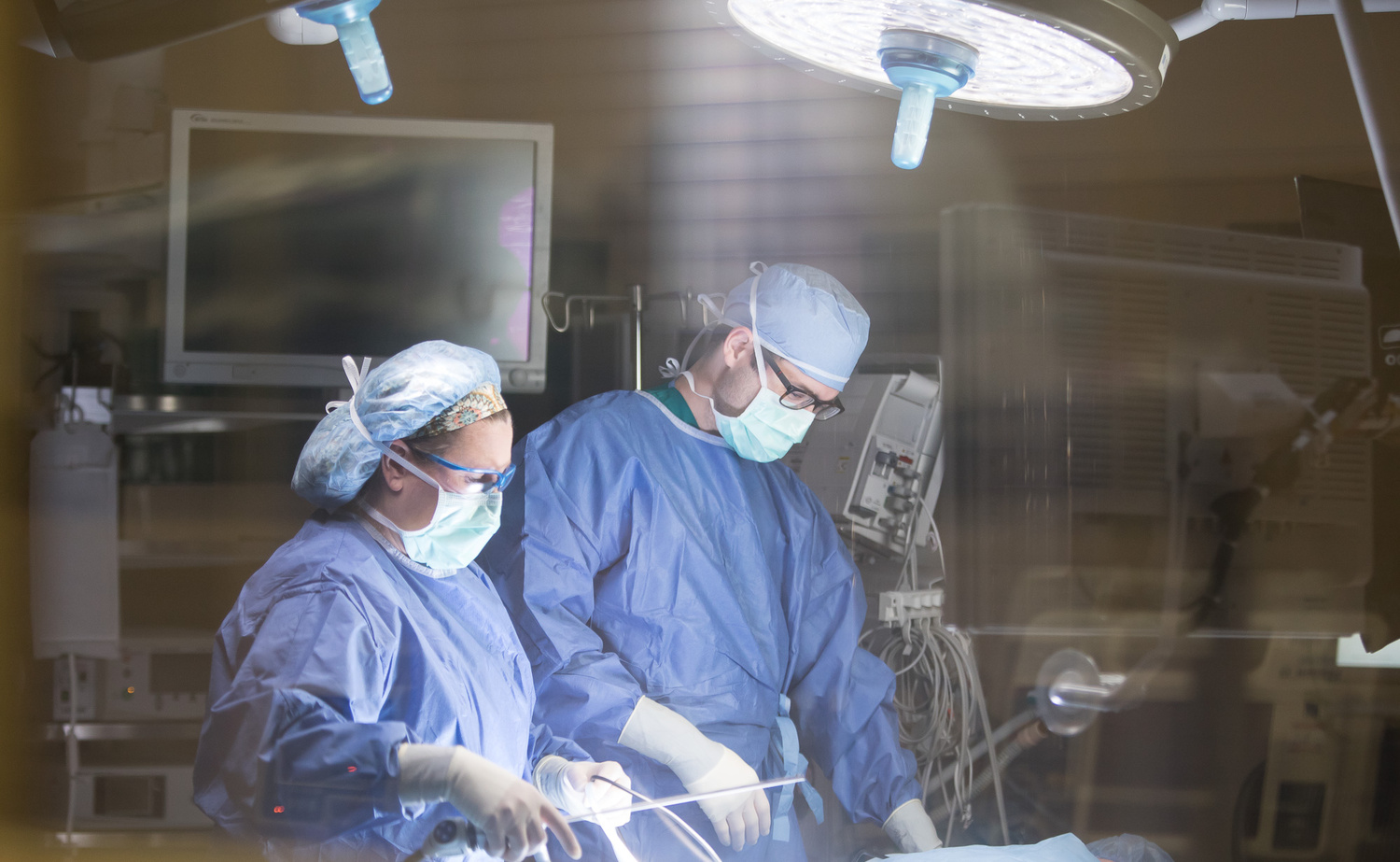 Healthcare Photography Surgery by Rick Lohre