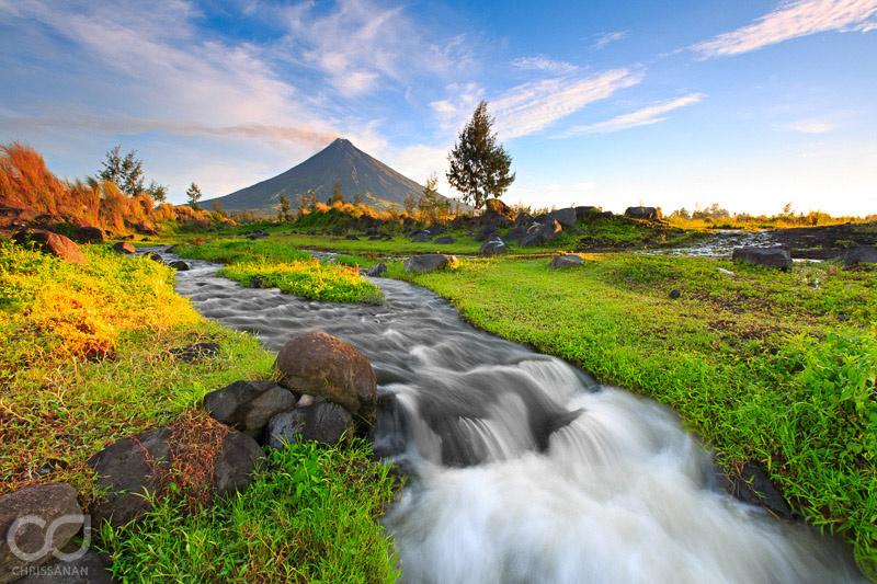 Good Morning Mayon by Chris Sanan