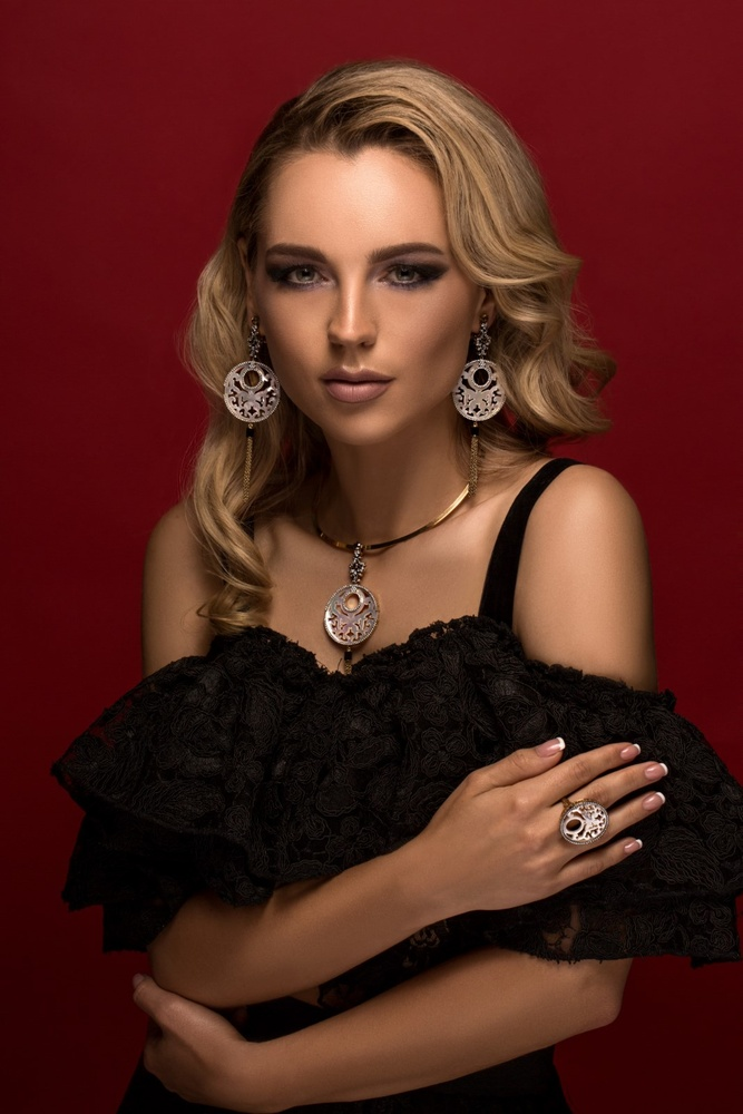 """Beauty is who you are... Jewelry is simply the icing on the cake"" by Christopher Stavrinides"