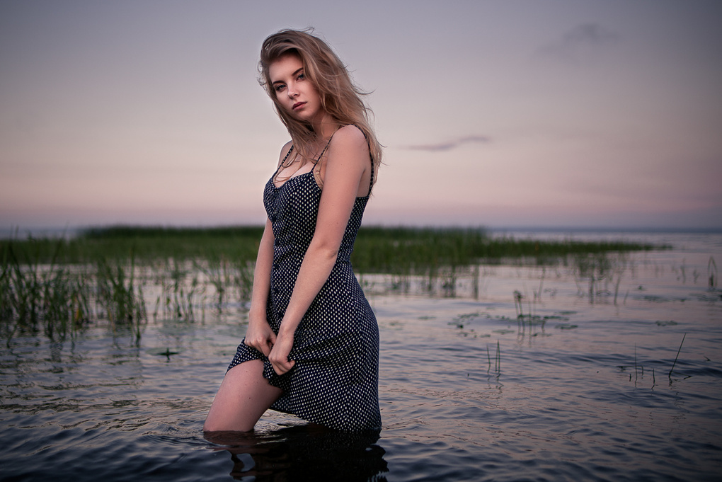 Waitng for sunrise. by Alexey Tyurin