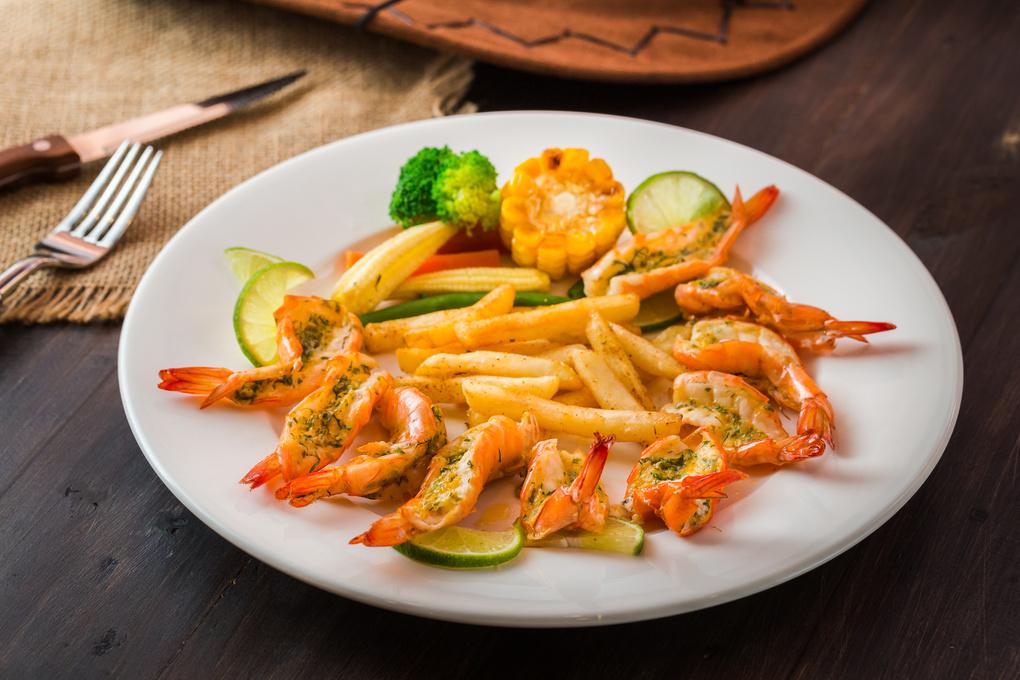 Fried shrimp by Erick Nguyen