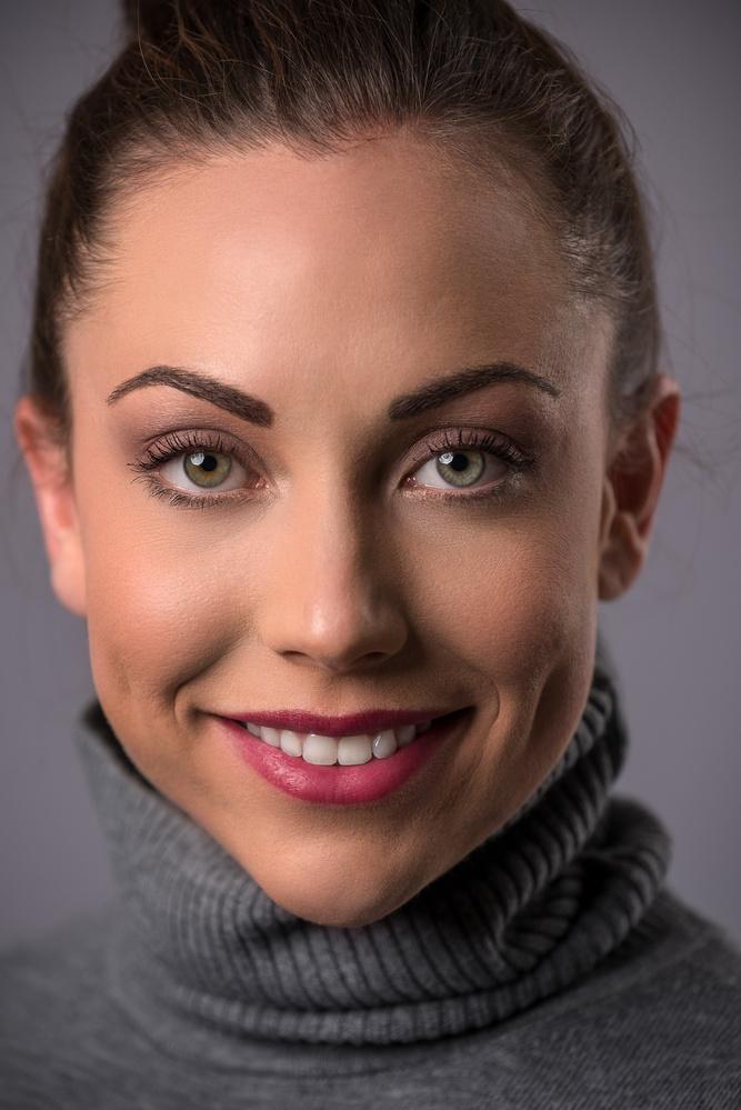 Beauty Headshot by Ben Deckert