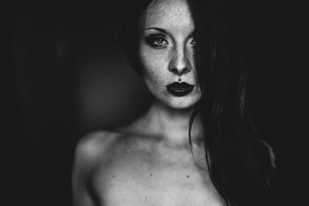 Anna by Yannick Desmet