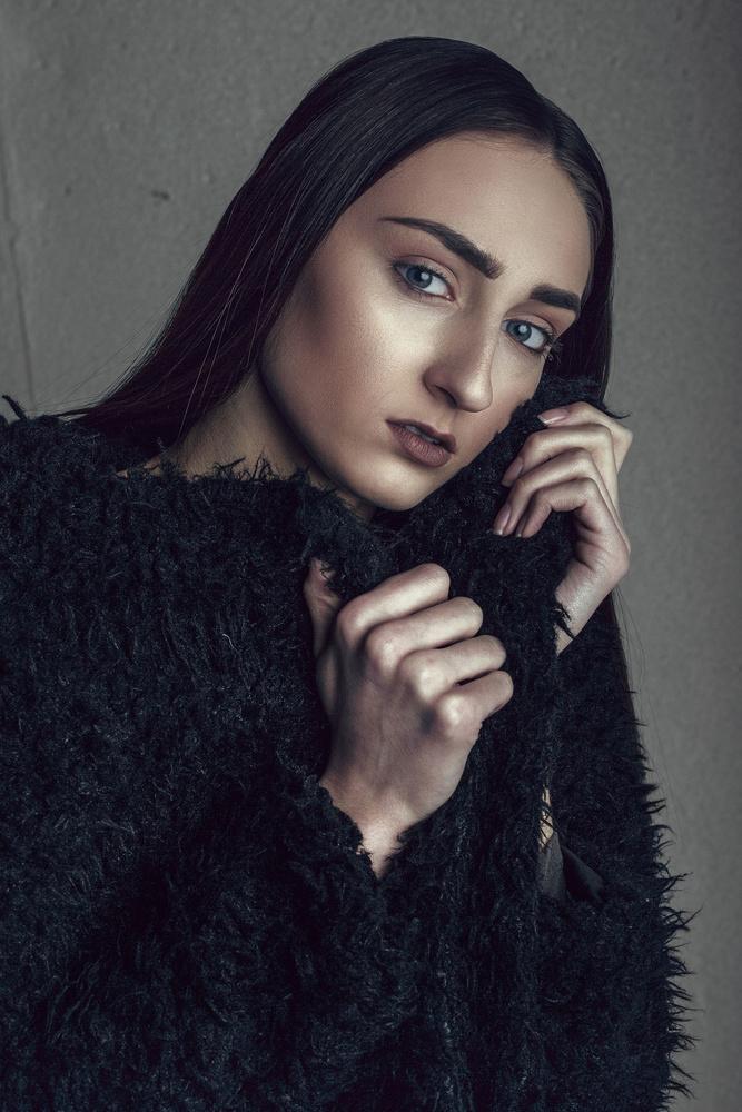 Jenna O. by Remus Roman
