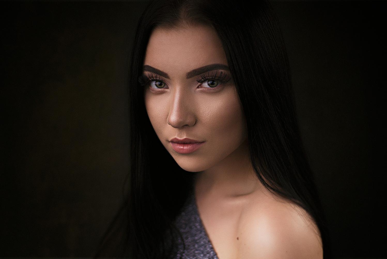 Ksenia by Heikki M