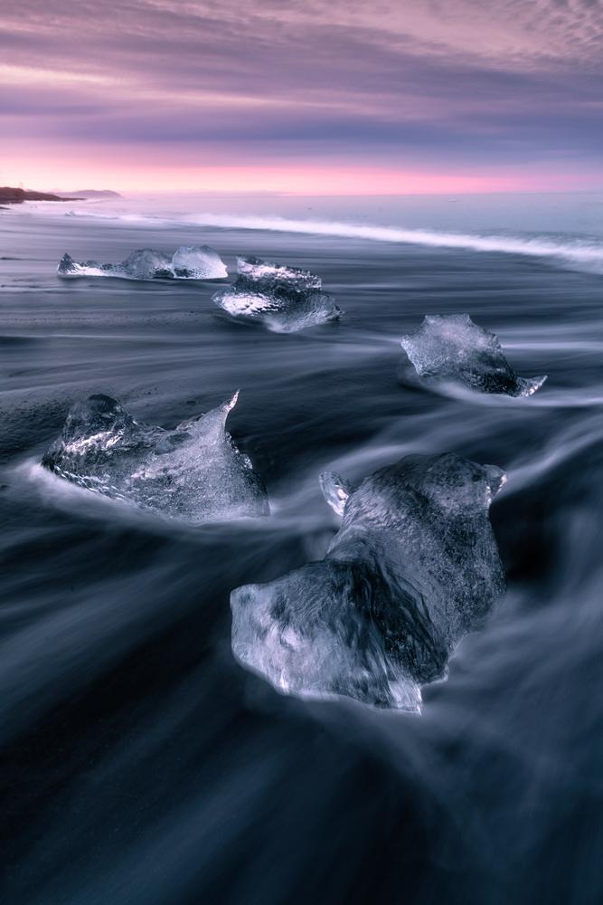 Diamond Beach by Rob Giannese