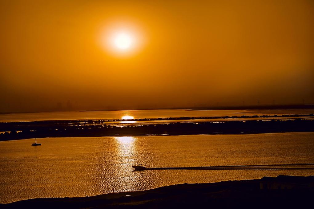 Tranquil Abu Dhabi by Gustav Damons