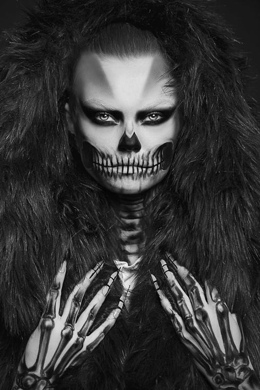skull portrait by noam yosef