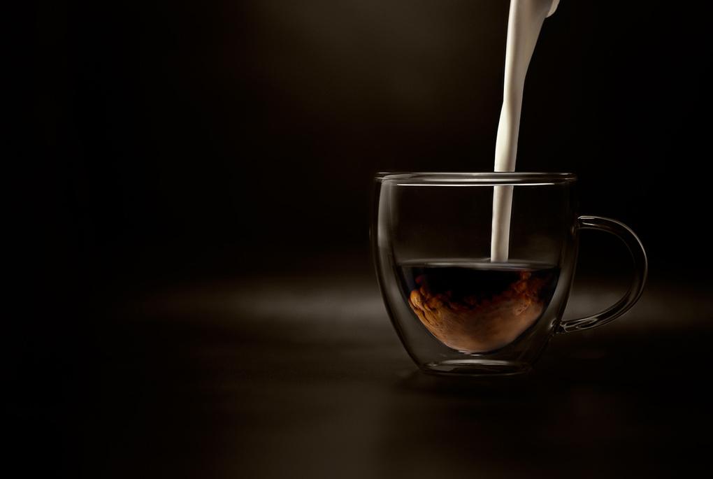 Coffee & milk by Wesley Dombrecht