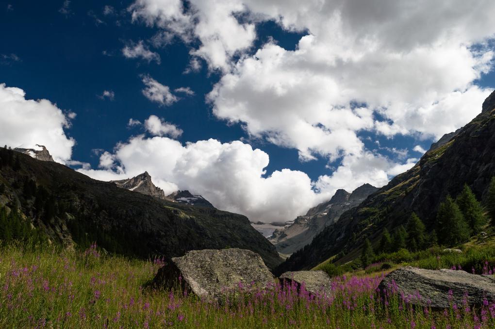 Valsavarenche and the Grand Paradiso massif by Jacopo Pregnolato