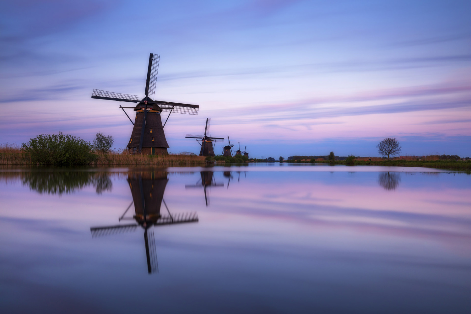 Kinderdijk evening by Mads Peter Iversen