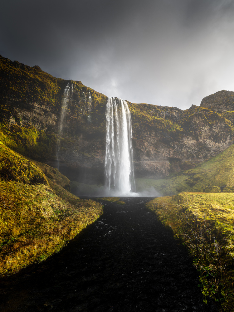Seljalandsfoss by Mads Peter Iversen