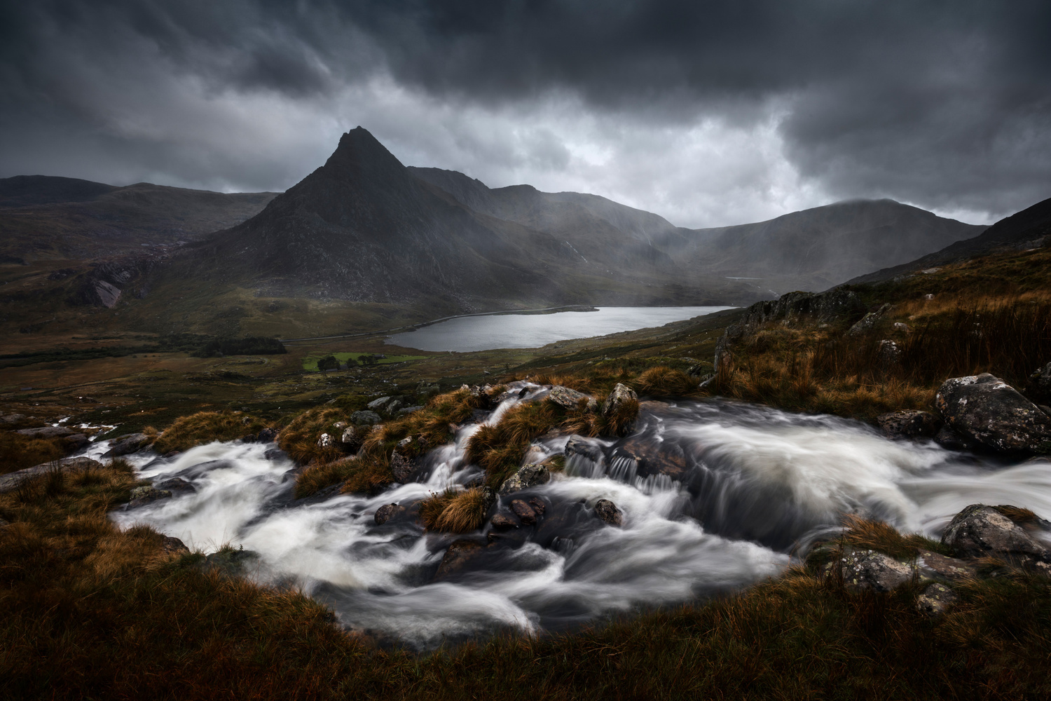 Snowdonia - Mt. Tryfan by Mads Peter Iversen