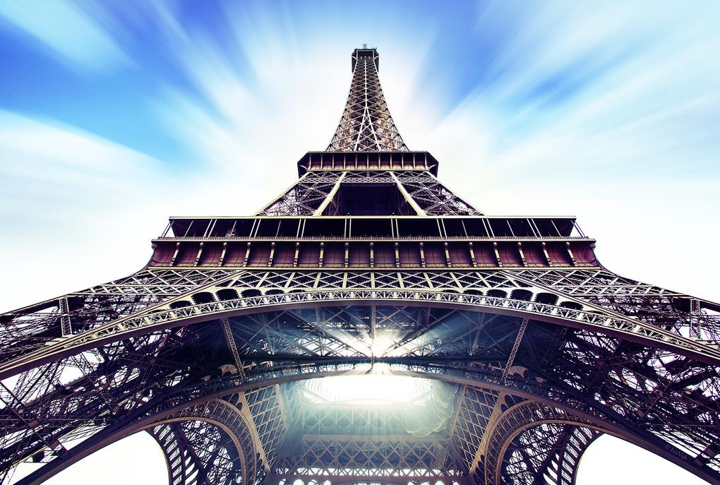 Eiffel by Ivan Vukelic