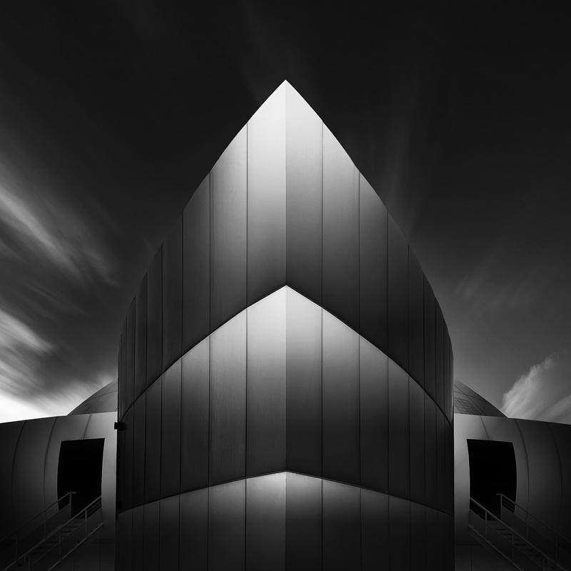 Spaceship by Waheed Akhtar