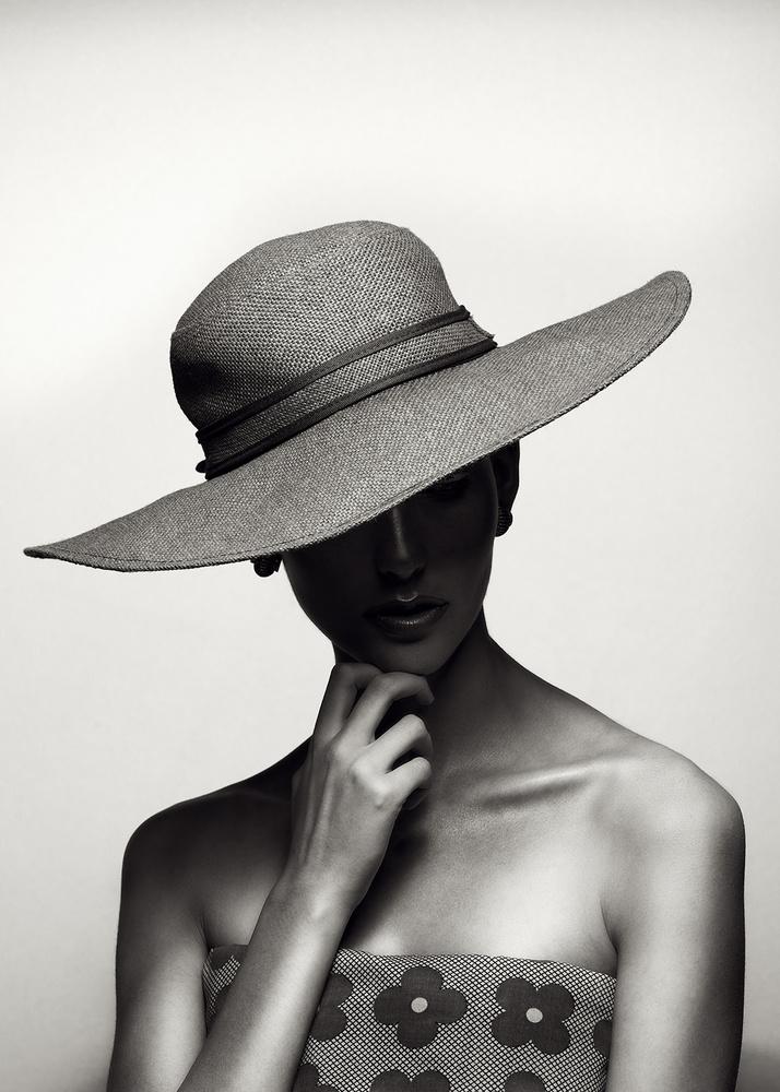Julianne by Jari Hudd