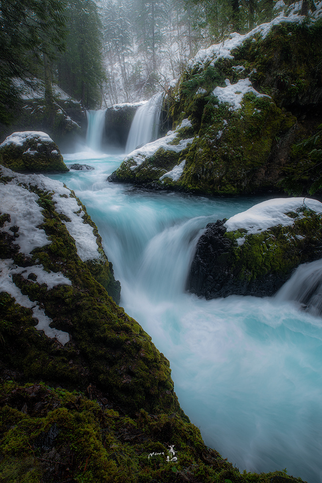 Winter flow by Gerald Macua