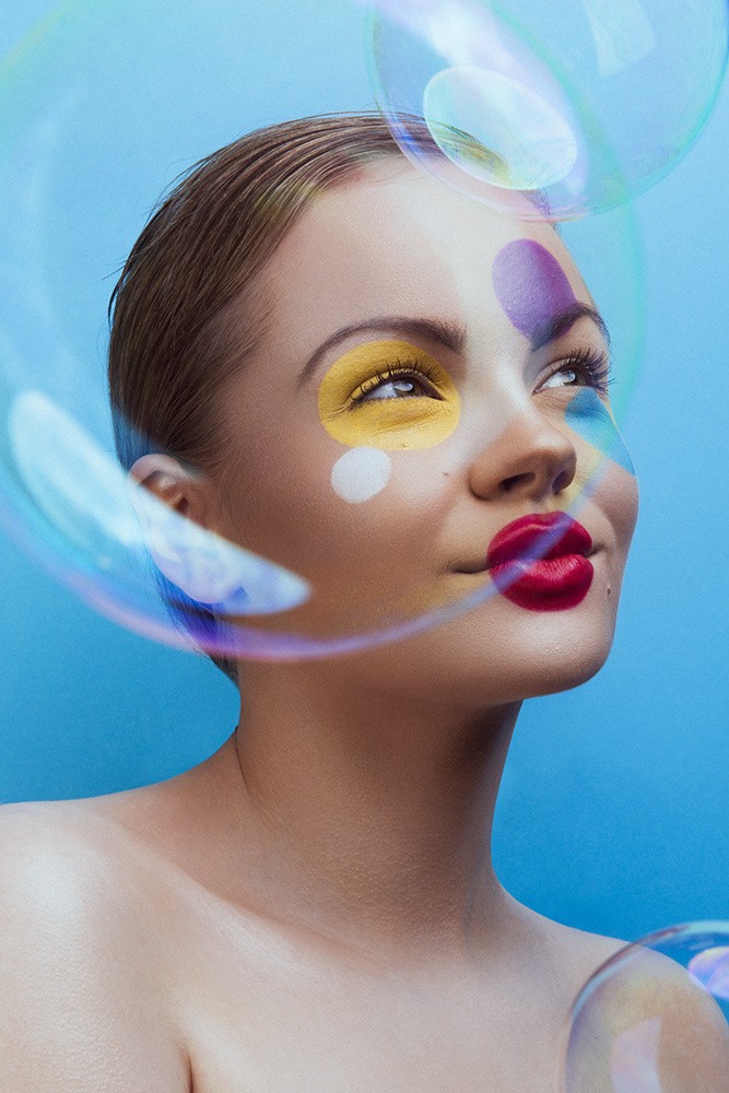 Bubble trubble  by Dariusz G