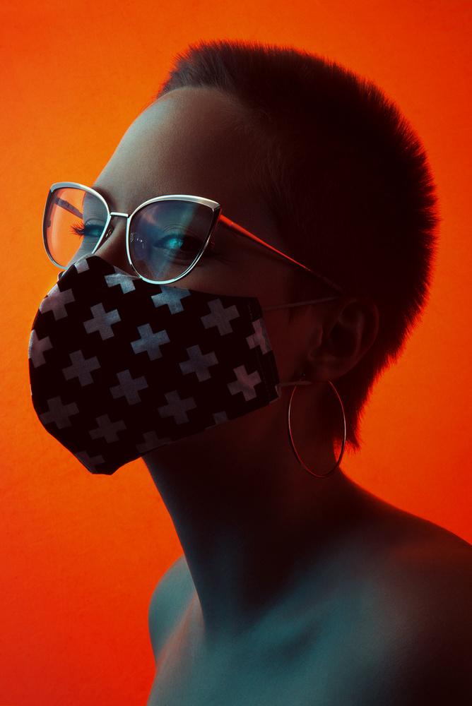 Beauty in the mask by Dariusz G